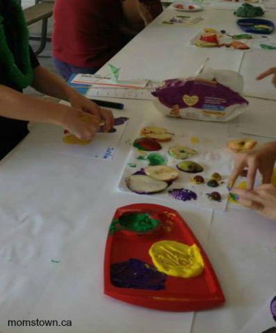 10 easy apple crafts and activities for preschoolers for Oakville high school craft fair