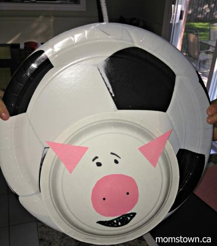 Originally planning to add holstein cow u0027spotsu0027 with construction paper we stumbled upon soccer-themed paper plates left over from a birthday party and ... & Paper plate holstein cow craft u2013 a fun farm animal to make with your ...