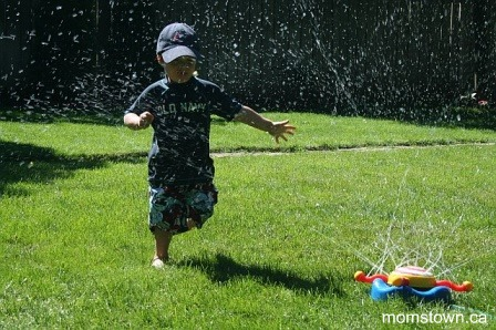 sprinkler play