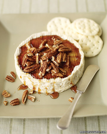 baked brie pecans